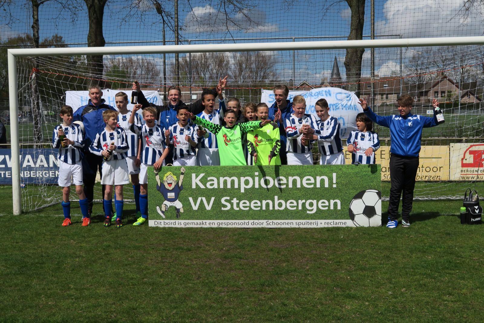"Seizoen 2015/2016: V.V. ""Steenbergen"" C3 (voorjaarskampioen)"