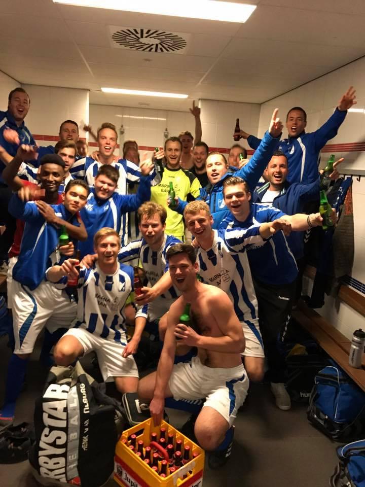 "Seizoen 2017/2018: V.V. ""Steenbergen"" zondag 2 (2e periode reserve 2e klasse A)"